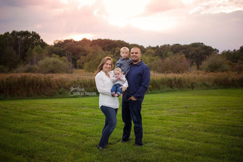 Family-2-portrait-photography-new-hudson-south-lyon-michigan